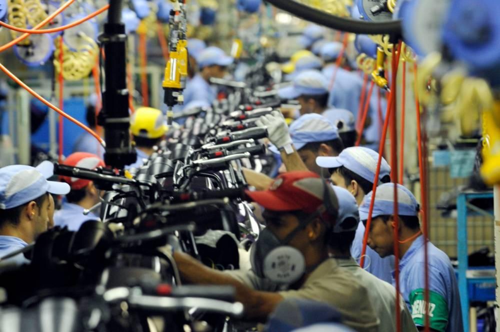 Cinco em cada dez indústrias enfrentam a falta de trabalhador qualificado, mostra pesquisa da CNI