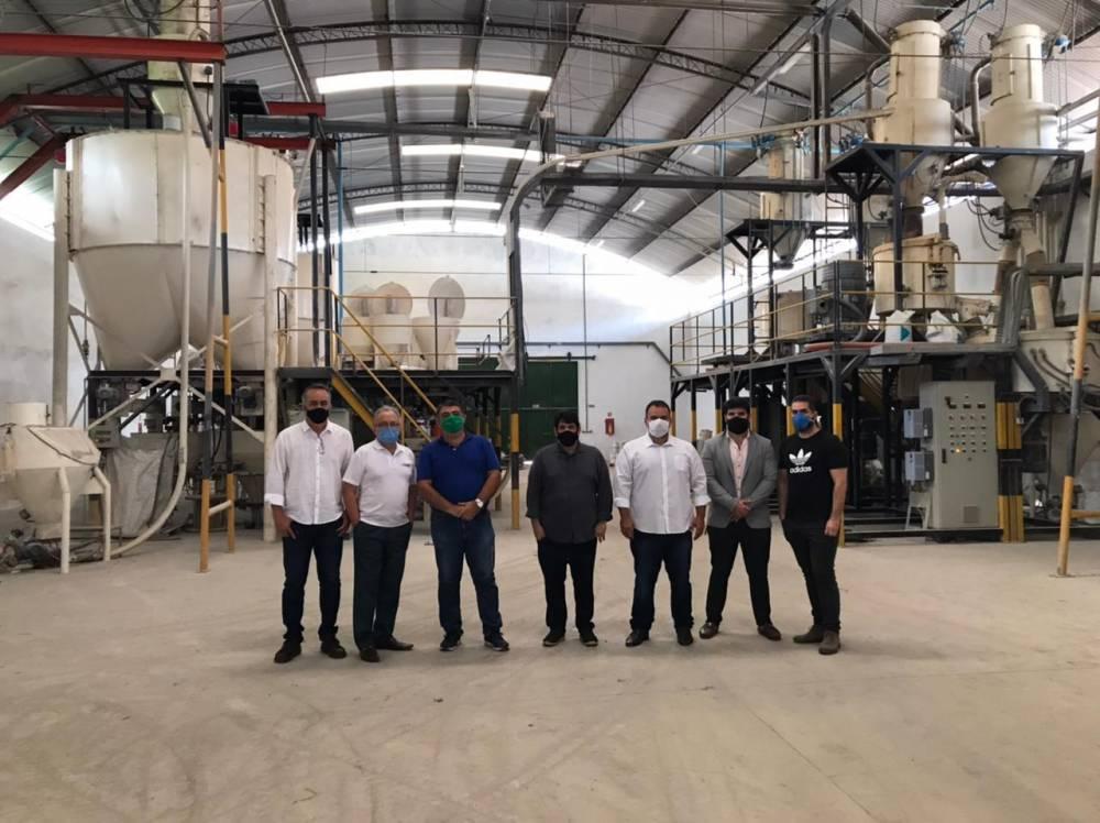 Projeto 'Na Fábrica' inicia atividades de 2021 em empresas de três municípios