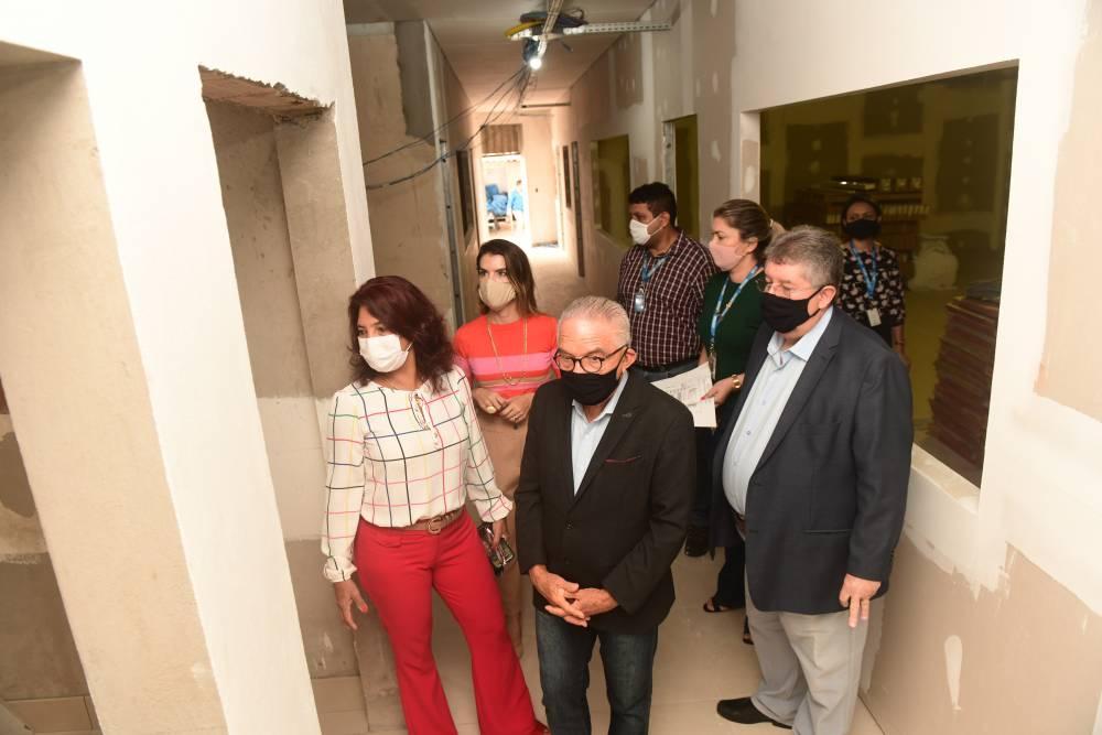 Visita avalia obras do novo Centro de Tecnologia Têxtil e de Confecção da Amazônia do SENAI Pará