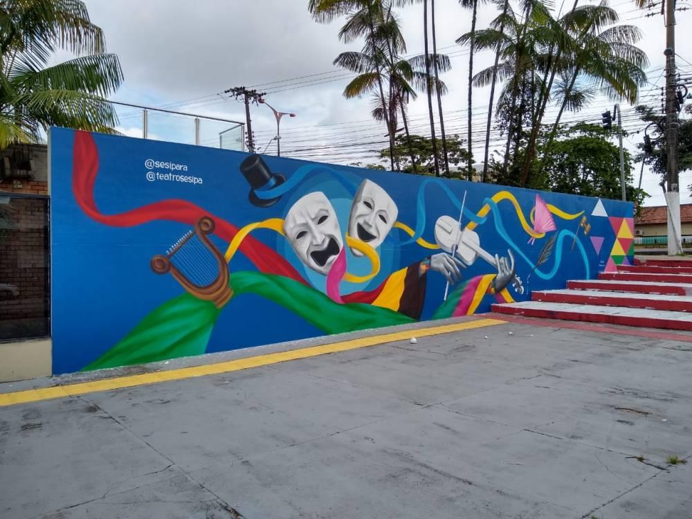 Grafite traz nova identidade ao muro do SESI na Av. Almirante Barroso