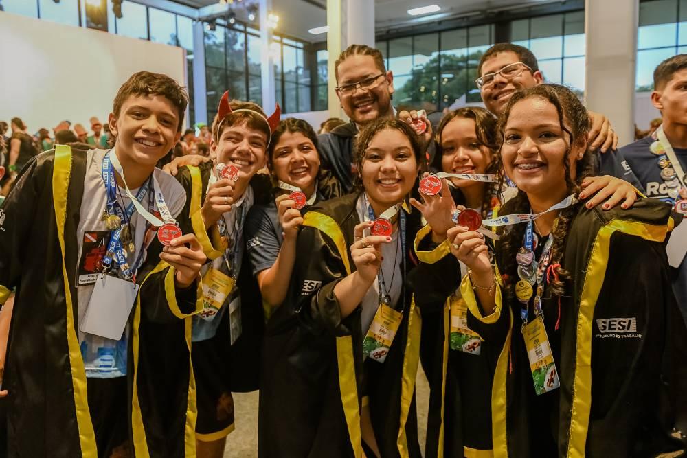 Equipe do SESI Ananindeua é destaque em festival nacional de robótica