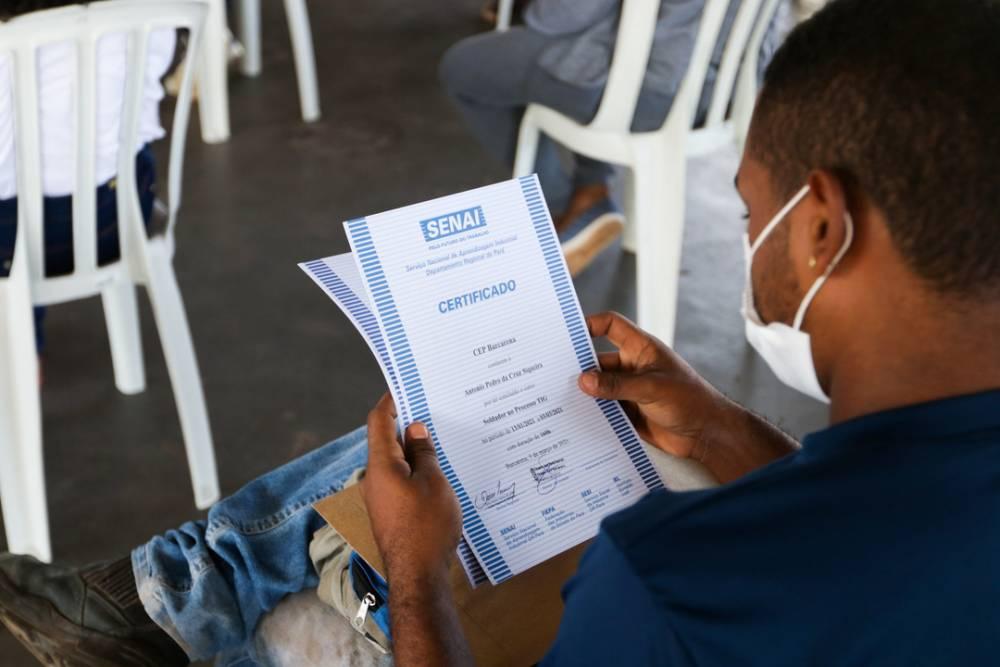 Programa de Capacitação Profissional conclui primeiras turmas com moradores de Abaetetuba