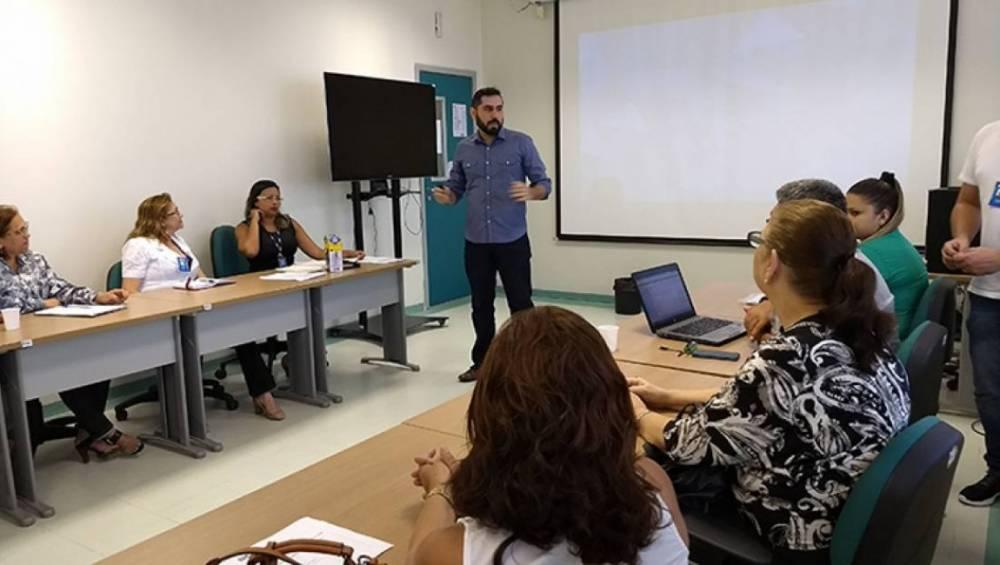 Workshop debate saúde e segurança na indústria do vestuário
