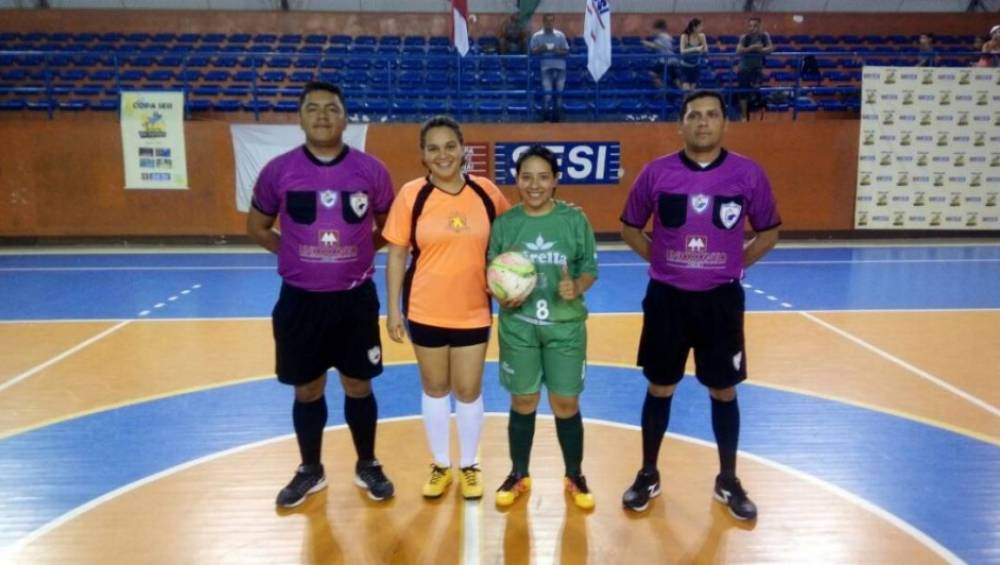 OCRIM e Fábrica Esperança realizam partida amistosa de futsal feminino