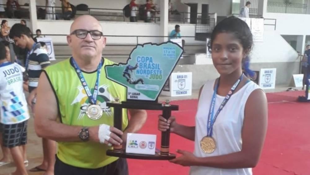 Atletas do SESI são medalha de ouro em competição em Pernambuco