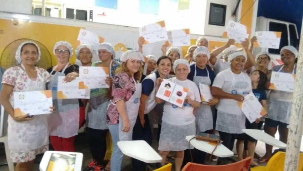 Vendedores do Veropesinho recebem capacitação do programa Cozinha Brasil