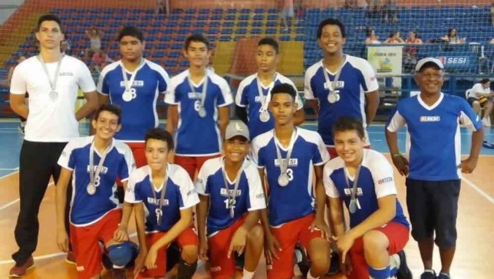 SESI é vice-campeão de festival de vôlei