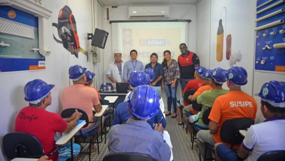 Internos do CTM II ganham curso de qualificação profissional do SENAI