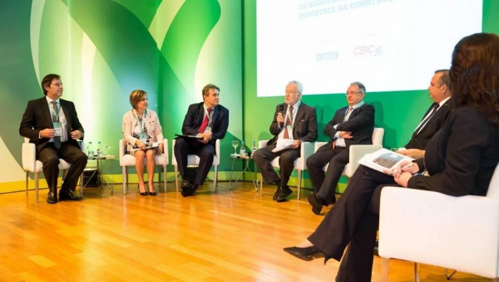 Seminário regional debate segurança na construção civil