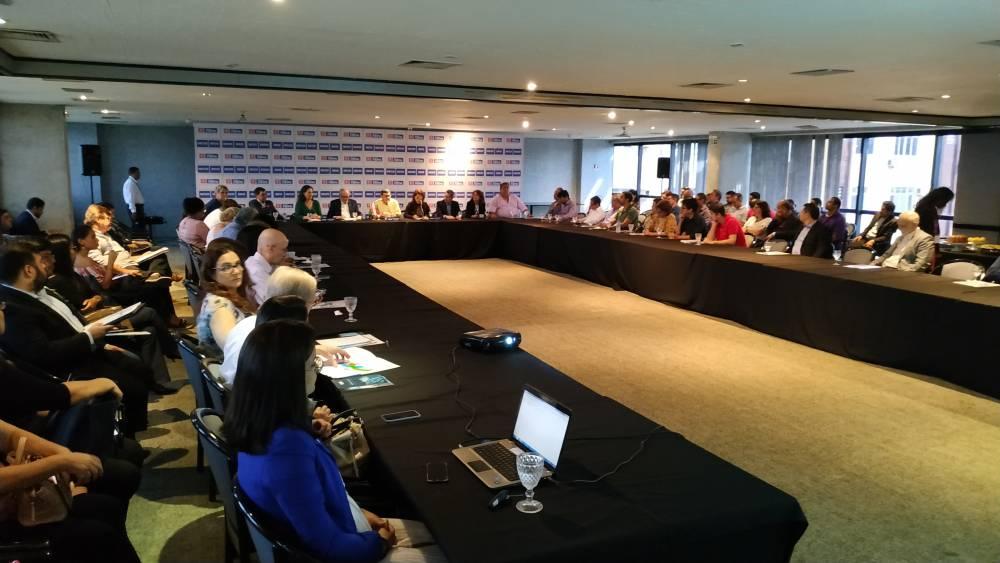 Empresários conhecem oportunidades de negócios em Portugal