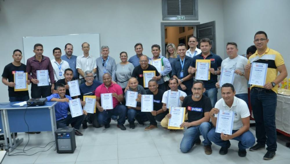SENAI e parceiros certificam alunos de curso inédito de Tubulação a Gás