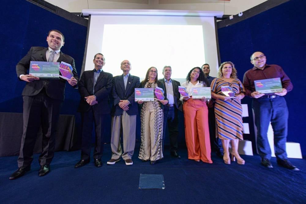 Prêmio IEL de Estágio revela vencedores da etapa regional