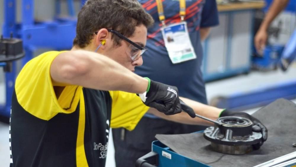 SENAI de Belém treina competidor para o maior torneio de educação profissional do mundo