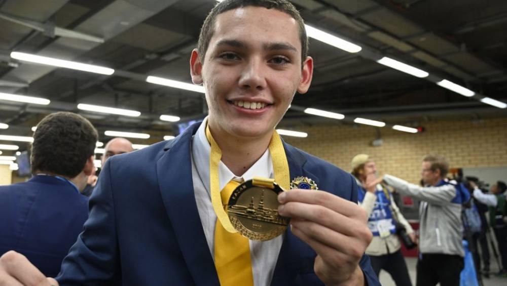 Jovem treinado pelo SENAI Pará conquista o ouro em competição mundial de profissões