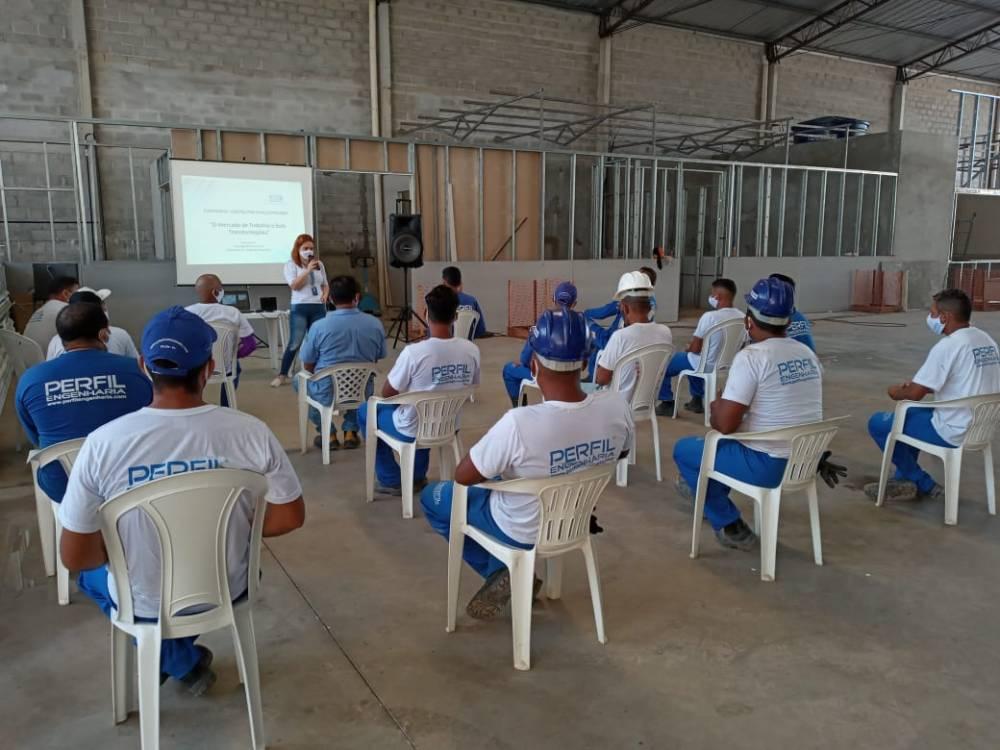 IEL orienta trabalhadores da construção Civil na retomada das atividades