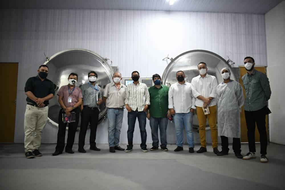 Comitiva visita empresa Açaí World em Benevides